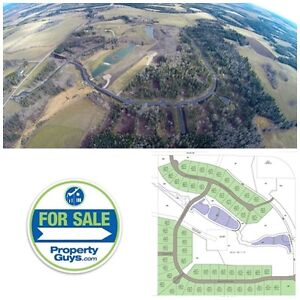 ACREAGE LOTS! Minutes from Clearwater River! RMH