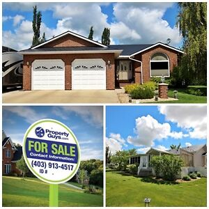 Bungalow with front double garage has space to spare! Camrose