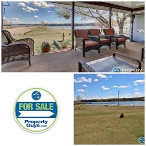 Buffalo Lake! Well maintained bungalow on a corner lot!
