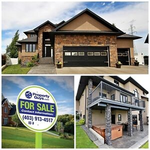 Stunning, custom 5 bdrm home on a pie lot! in Inglewood