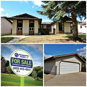REDUCED! Large bungalow with Detached Garage!! Ponoka