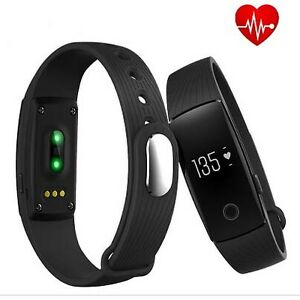 Fitbit heart rate monitor watch $56. call 905-515-4307 Brand new