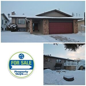 Well maintained and recently updated bilevel home! Kentwood