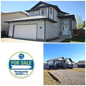 Amazing modified bilevel in Penhold is sure to impress!