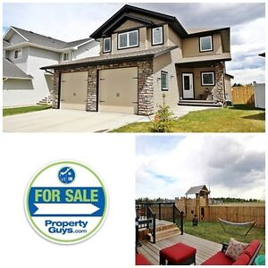PRICE REDUCED! Executive 2 storey and beautiful Garden Heights!
