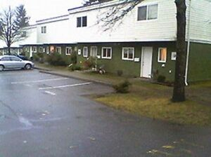 Residential & Commercial Painter Comox / Courtenay / Cumberland Comox Valley Area image 5
