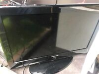 SAMSUNG 32 INCH WIDESCREEN FREE VIEW DIGITAL FULL HD READY LCD TV WITH REMOTE spares or repairs