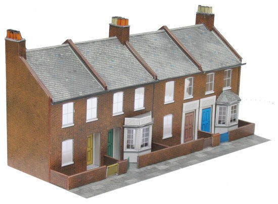 Superquick 1/72 OO Gauge Four Redbrick Terrace Fronts # C6