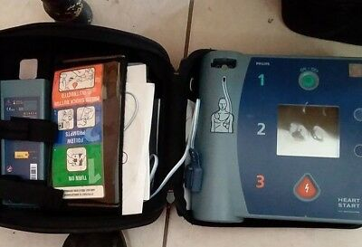 New Other Philips Heartstart Defibrillator Aed Damaged Screen