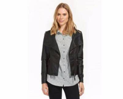 Soft Black Leather Collar Jacket Women Sz 10 In Style This Winter