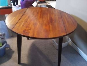 """42"""" round, solid wood drop-leaf table"""