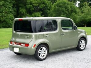 2009 Nissan Cube 188000kms Green 3000$