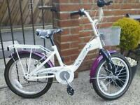 Lovely 18 inch bicycle perfect condition like brand new £45.