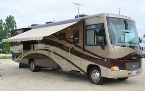2011 Itasca Sunstar 35F Motor Home w/Two Slides