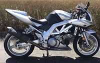 Clean half naked Suzuki Sv1000s/ or trade for 600cc and up I4