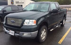 2004 Ford F-150 XLT Pickup Truck - Extended Cab