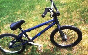 Specialized Fuse BMX bike