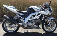 Clean half naked Suzuki Sv1000s/ trade for 600cc and up I4