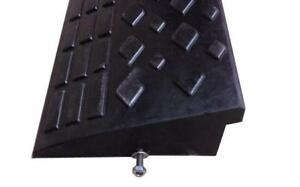 Loading Rubber Curb Ramp 190085