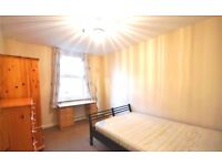 Breath-taking 4/5 bedroom property to rent in Kentish Town/ very close to train station!!
