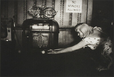 "Marilyn Monroe~Playing Pool~Billiards~Shooting Pool~Poster~Photo~20"" x 30"""