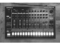 Roland TR-8 (909/808/707/606)