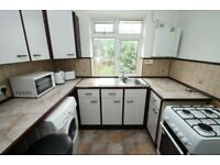 1 Bedroom Maisonette - Close to Uxbridge Road