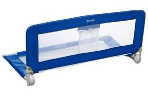 TOMY UNIVERSAL BED RAIL - BLUE