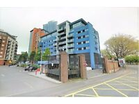 2 bedroom flat in Gunwharf Quays, Portsmouth, PO1