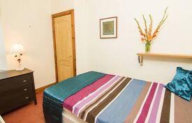 Beautiful flat, bright double room, 2 bedroom property, quiet street city centre(queens cross)