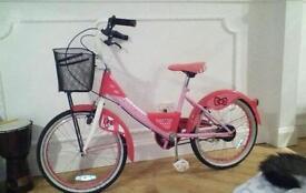 Girls hello kitty bike