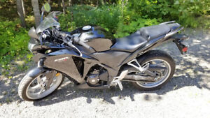 Moto Honda CBR 250cc 2011