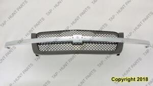 Grille With Textured Frame/Chrome Center Bar Base/Ls/Lt Model Chevrolet Silverado 2003-2005