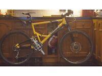 Cannondale Jekyll 700 pro mountain bike