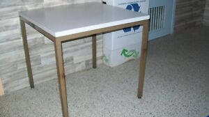 Tables solides