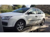 BREAKING Ford Focus 1.8 tdci white wing door offside drivers passenger front rear window glass