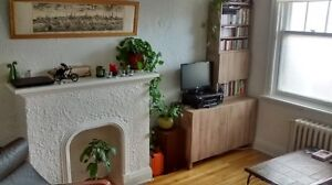 A GREAT 2 BEDROOM, ELGIN AREA, AUGUST 1ST