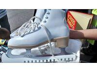 Figure Ice skates- brilliant condition