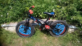 Child's bike, ideal for 4-6 year olds, good condition