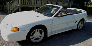Ford Mustang 1996 convertible blanche West Island Greater Montréal image 1