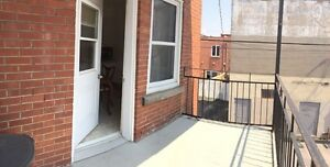 Nice and Bright 3 1/2 with one extra room for office in Verdun