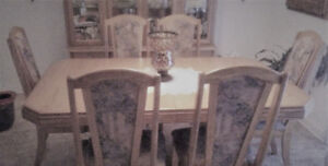 TABLE SET 6 CHAIRS & BUFFET &  2 CHAIRS BAR STOOLS OTHER ITEMS