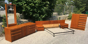 Excellent 5 Piece Mid Century Teak Bedroom Set SEE VIDEO