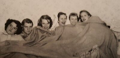 College Party Girls (VINTAGE VERNACULAR PHOTOGRAPHY SCHOOL COLLEGE GIRLS PAJAMA PARTY FOOTSIE)