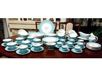 "Royal Dulton ,,Caprice"" Full 91 Pieces Set , Excellent Condition !"