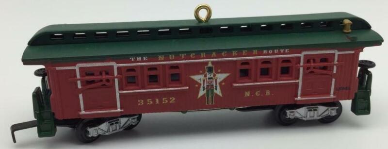 2012 Lionel Nutcracker Route Baggage Coach Hallmark Ornament Train Railroad
