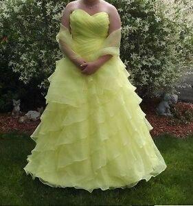 Size 16 Yellow Strapless Prom Dress!