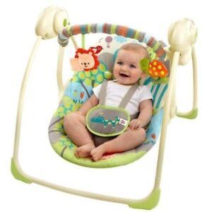 Baby swing for sale /  balançoire pour bébé à vendre