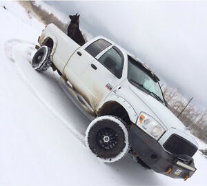 2008, dodge 2500. 6.7. 6speed manual.