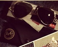 Ray Ban Aviator Sunglasses - gold frame (with case)